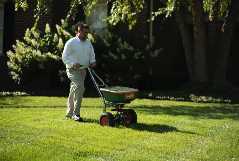 Fertilization Service, Lawn Fertilization, Lawn Pride