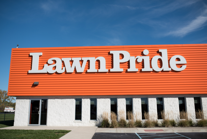 about, Careers, Lawn Pride